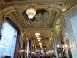 The most beautiful cafe of the world New York Cafe Budapest